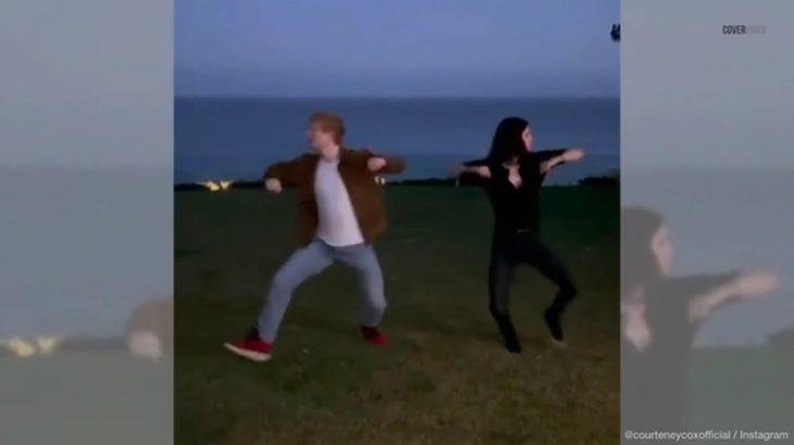 Ed Sheeran et Courteney Cox recréent la danse iconique de «Friends»